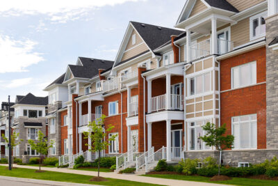 ВНЖ при покупке недвижимости - обзор