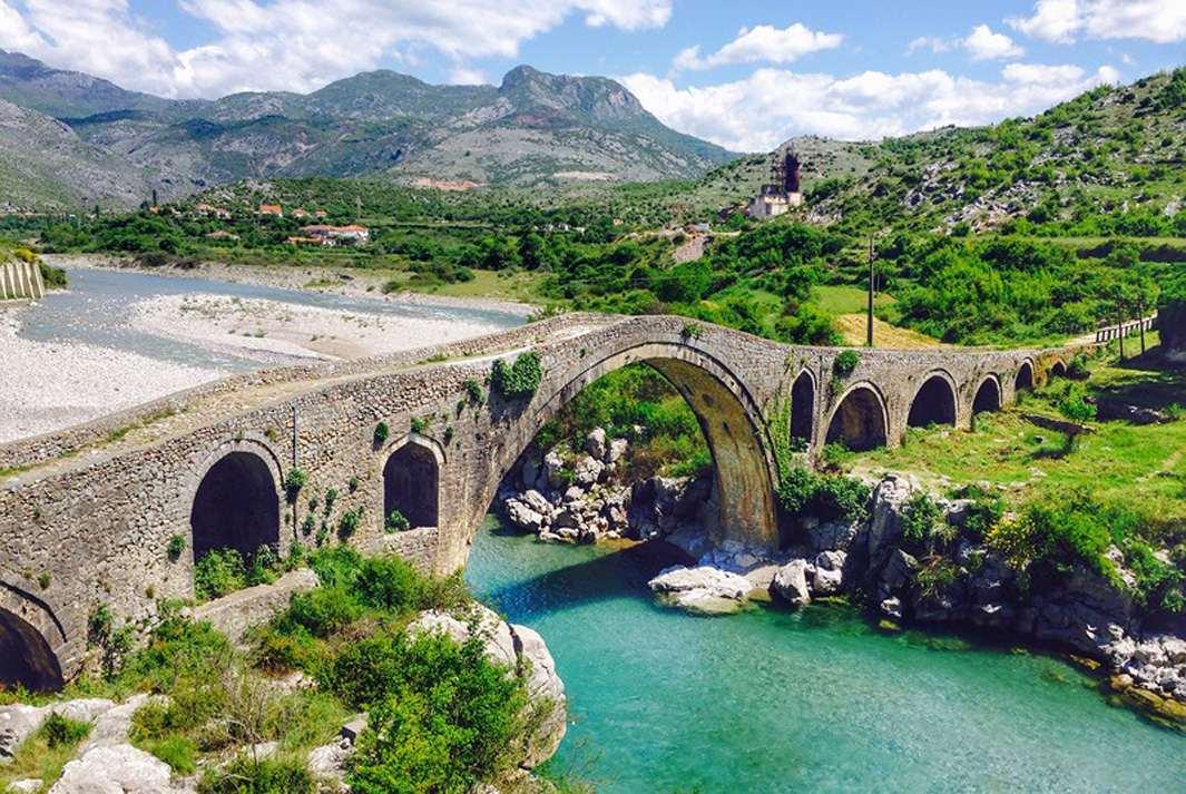 Албания может принять программу гражданства за инвестиции